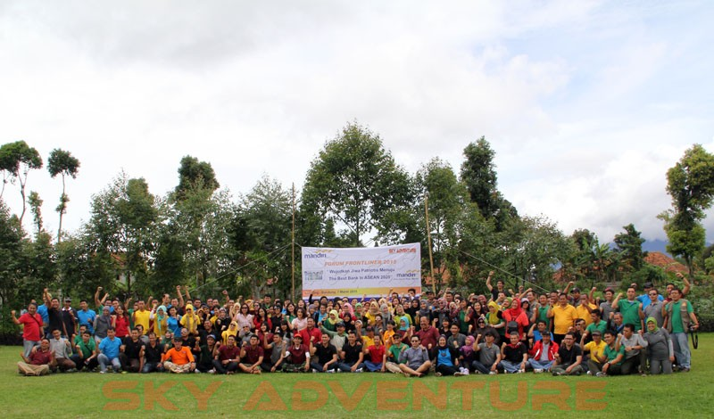 Bank mandiri plaza mandiri jakarta teambuilding game paintball