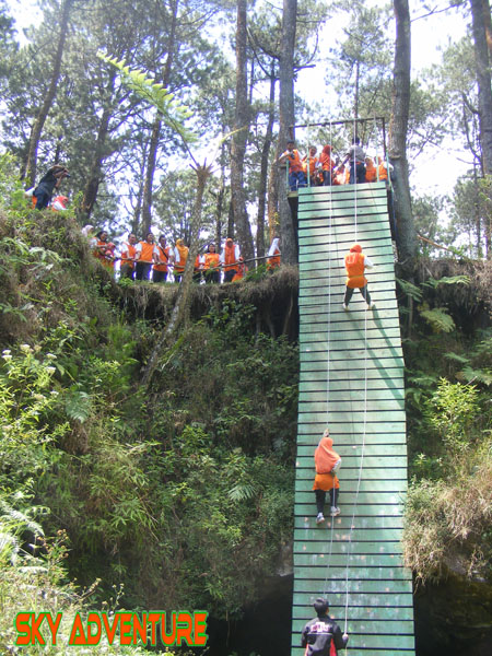 Outbound CIKOLE Lembang | outbound lembang | Plaza Mandiri - Adventure Land | adventure land | adventure land lembang | area outbound adventure land | Fun game adventure land | team building adventure land | paintball adventure land | lembang adventure land | offroad adventure land | sky adventure land |