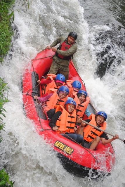 -Rafting Arung Jeram Pangalengan-