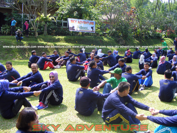 "company gathering outbound ""ice breaking games, fun games, team building games, high impact, high rope, sky rope"" dinas provinsi jawa barat di sukabumi - jawa barat indonesia"