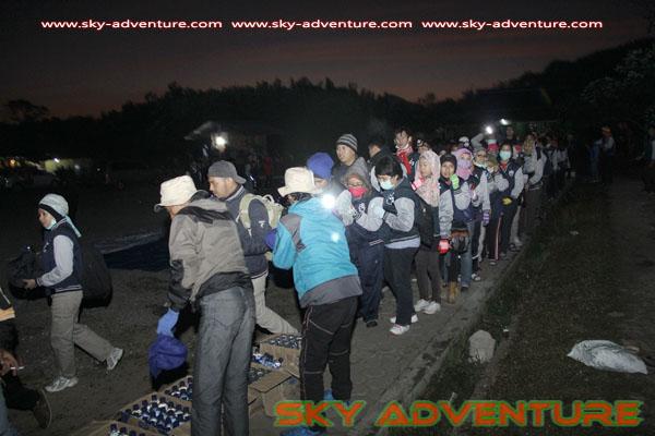 hikking-sunrise hunting papandayan crater garut (12)