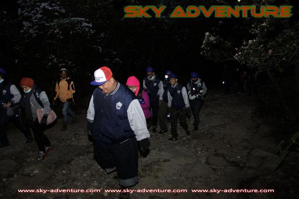 hikking-sunrise hunting papandayan crater garut (17)