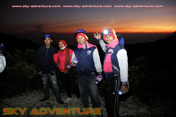 hikking-sunrise hunting papandayan crater garut (19)