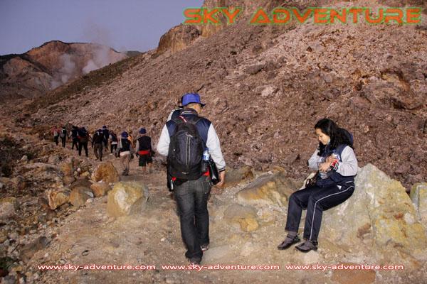 hikking-sunrise hunting papandayan crater garut (27)