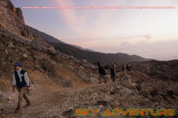 hikking-sunrise hunting papandayan crater garut (28)