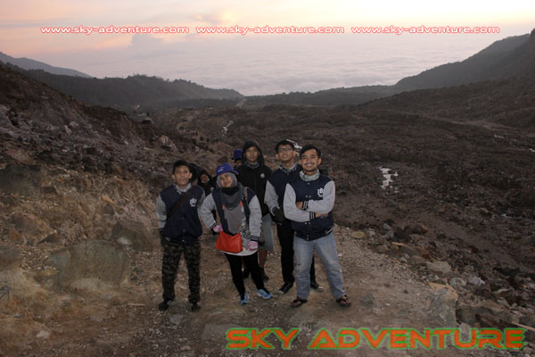 hikking-sunrise hunting papandayan crater garut (29)
