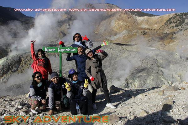 hikking-sunrise hunting papandayan crater garut (33)