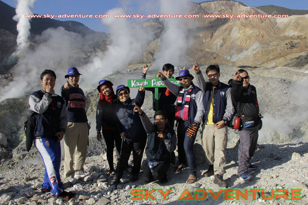 hikking-sunrise hunting papandayan crater garut (34)