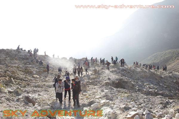 hikking-sunrise hunting papandayan crater garut (43)