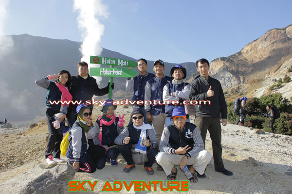 hikking-sunrise hunting papandayan crater garut (46)