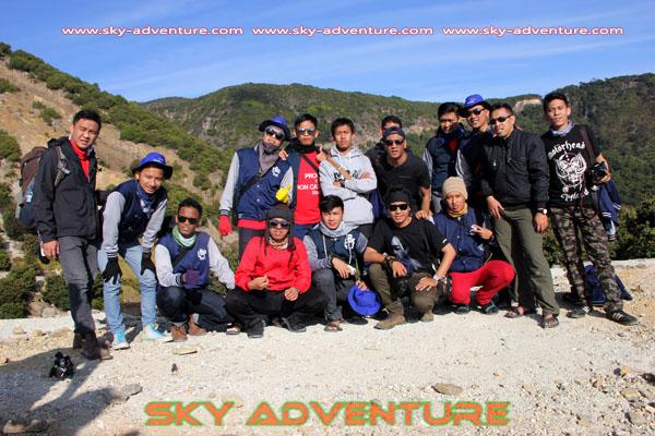 hikking-sunrise hunting papandayan crater garut (50)