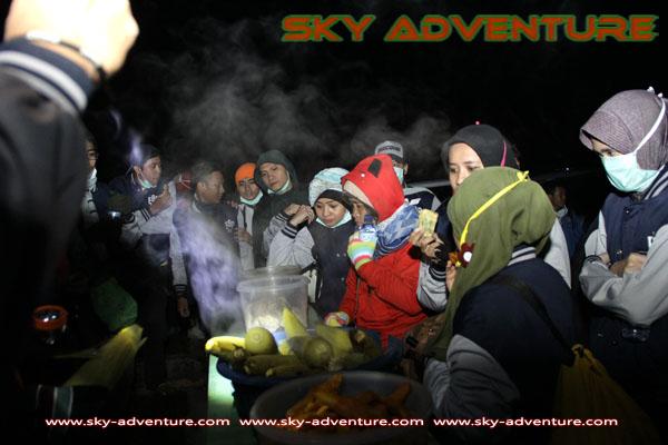hikking-sunrise hunting papandayan crater garut (6)