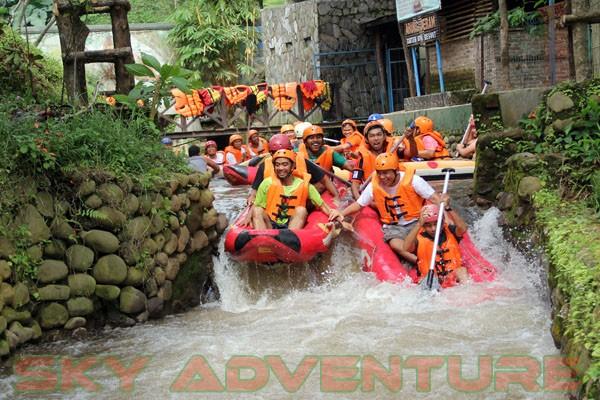 kegiatan outing PT Catur Bangun Mandiri di ciater bersama Sky Adventure Indonesia (2)
