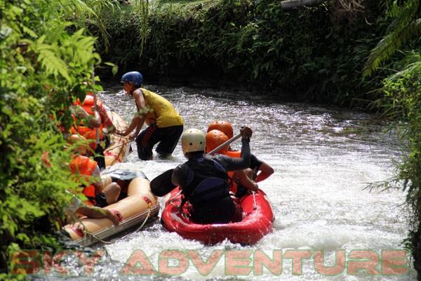 kegiatan outing PT Catur Bangun Mandiri di ciater bersama Sky Adventure Indonesia (22)
