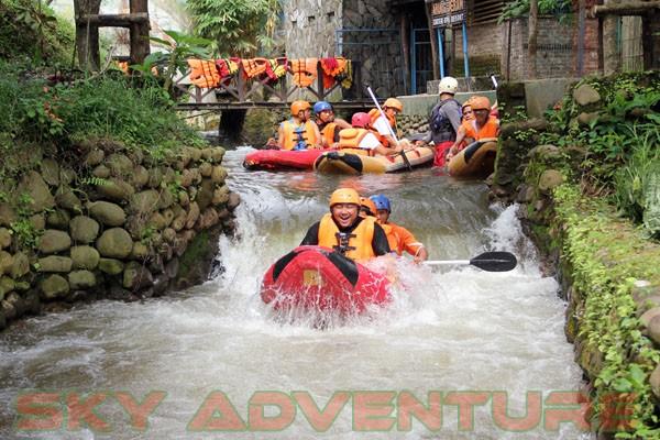 kegiatan outing PT Catur Bangun Mandiri di ciater bersama Sky Adventure Indonesia (3)