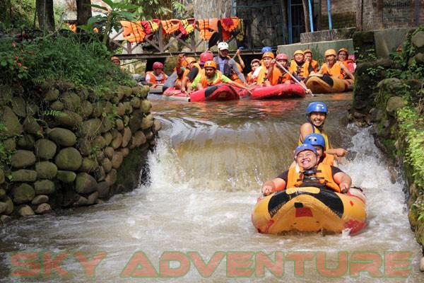 kegiatan outing PT Catur Bangun Mandiri di ciater bersama Sky Adventure Indonesia (4)