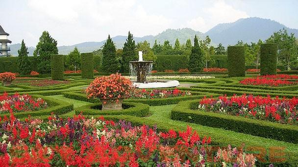 berkunjung ke taman bunga nusantara outbound lembang bandung sky rh sky adventure com