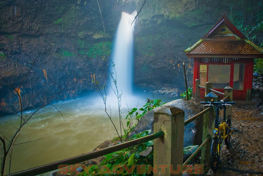 Wisata Curug Air Terjun Di Bandung Jawa Barat Outbound
