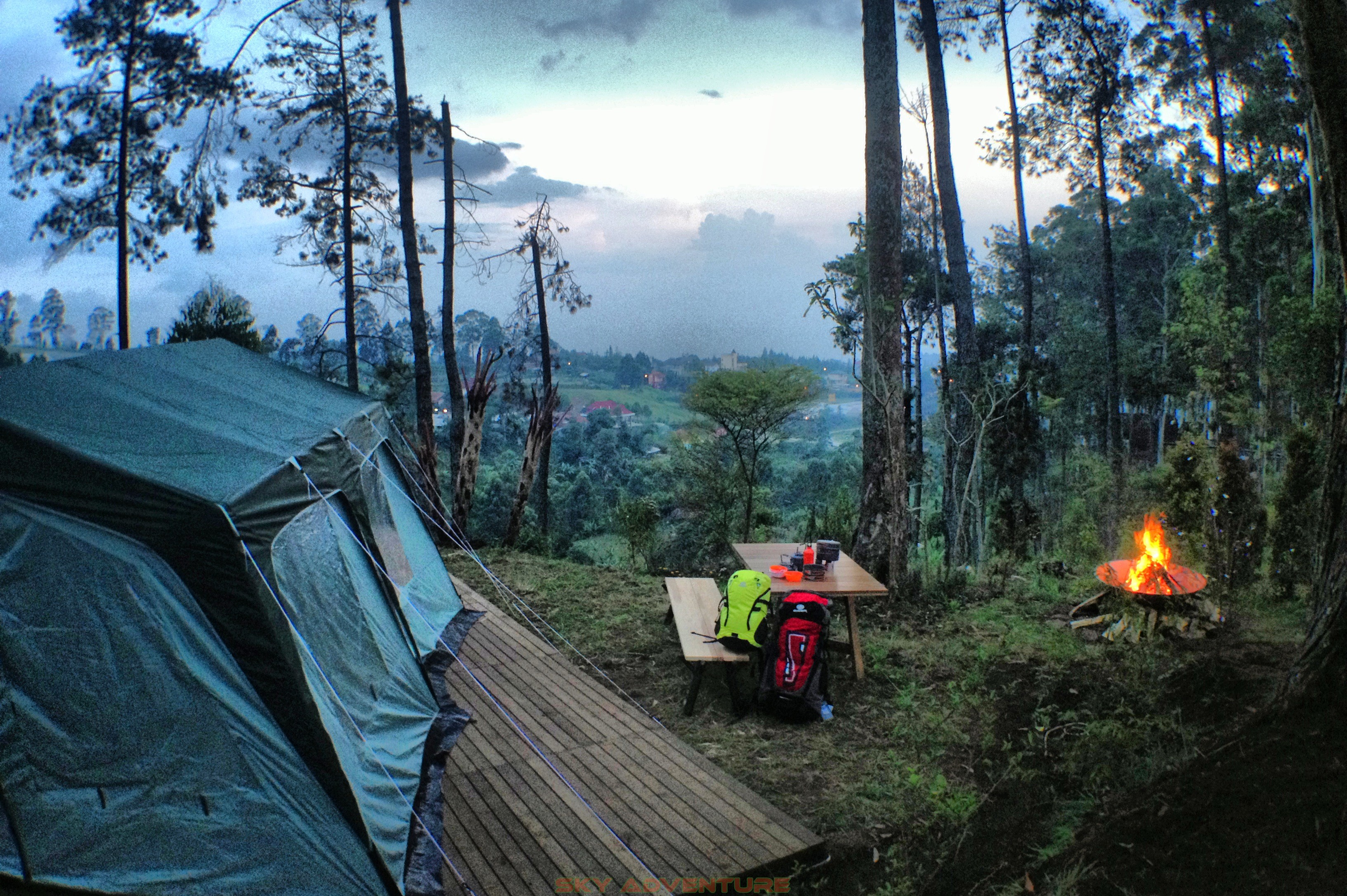 Eagle Camping Ground dusun bambu camping
